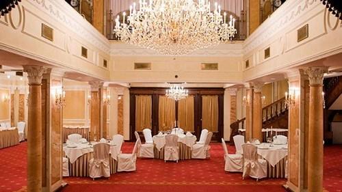 Новогодняя ночь 2020 в Grand Hotel Emerald