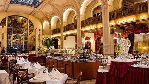 Новогодние торжества 2020 в Grand Hotel Europe