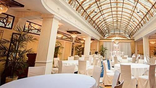 Новогодняя ночь 2020 в отеле Амбассадор в Санкт-Петербурге